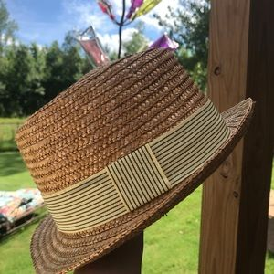 Tommy Bahama style hat